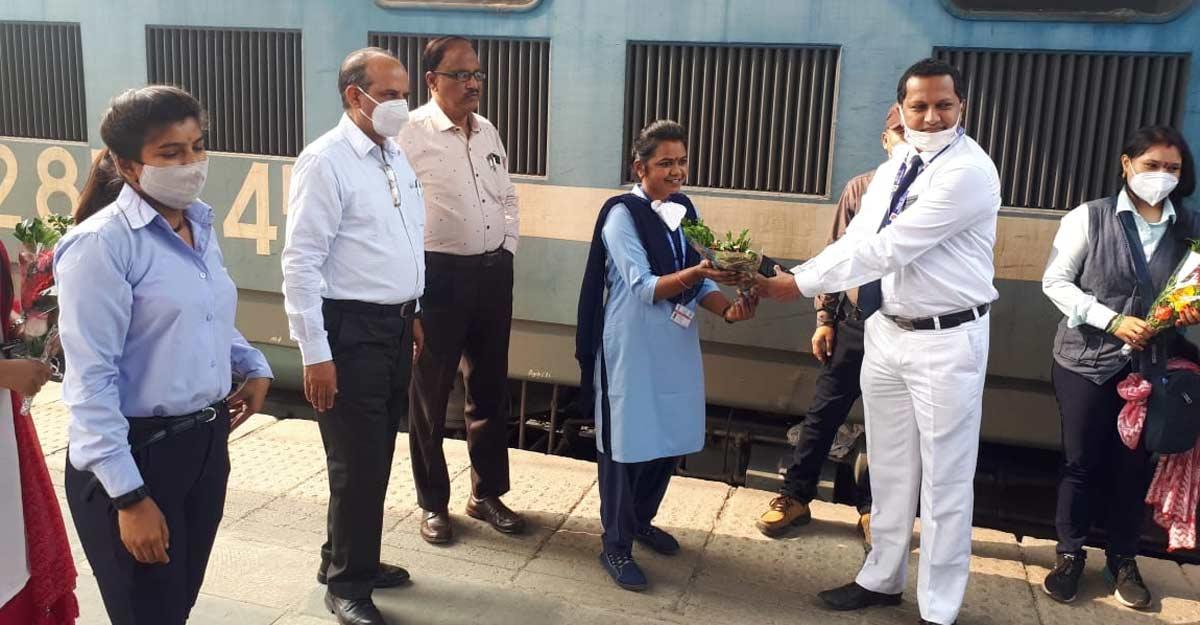 All-women crew run goods train from Maharashtra to Gujarat