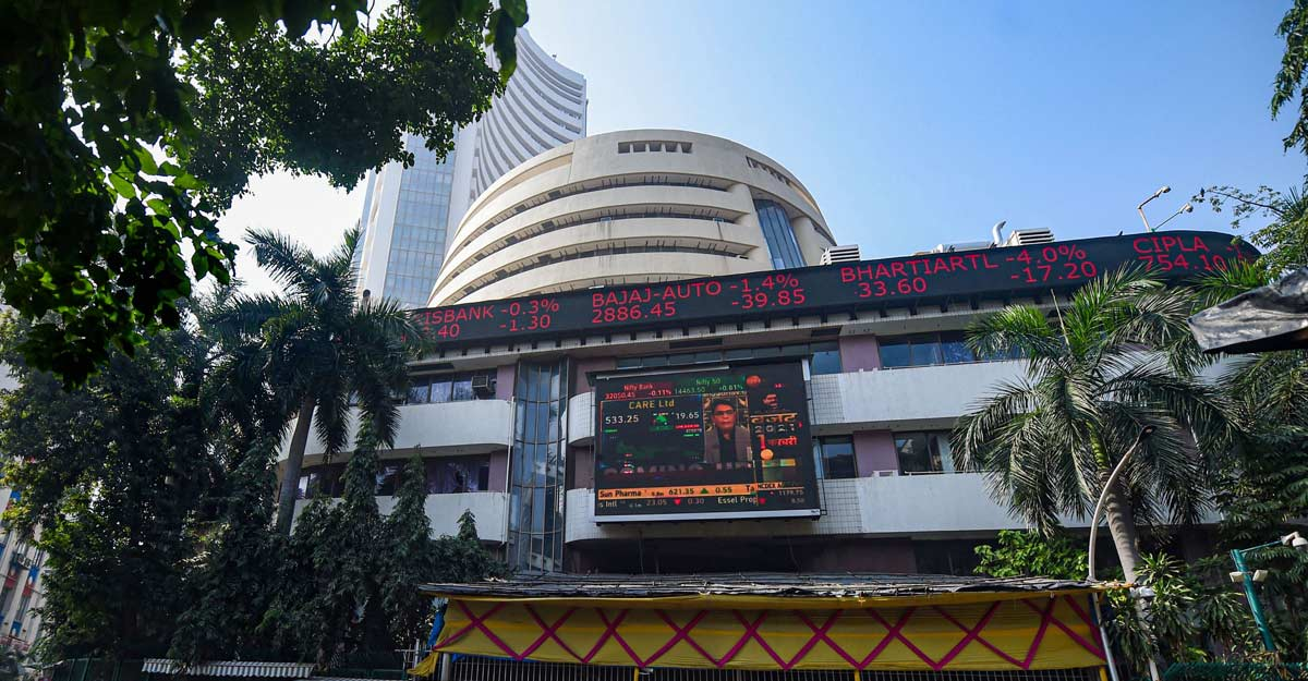 Sensex rallies 487 pts to close above 49k for first time, IT stocks shine