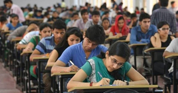 JEE, NEET to be held in July and August; CBSE Class 10 exam quashed