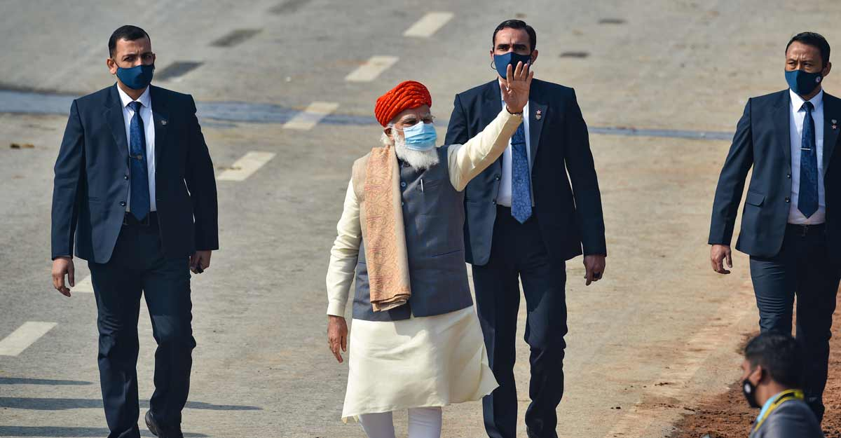 /content/dam/mm/en/news/india/images/2021/1/26/modi-rajpath.jpg