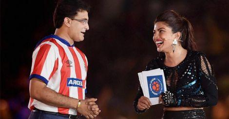 ISL kicks off with glittering ceremony