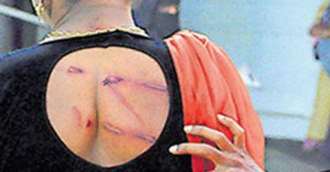 Transgenders thrashed at Calicut