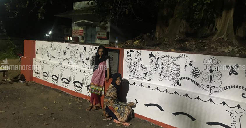 Unique Kerala | Painting fest at Thiruvannoor temple to emulate Muslim girl's inspiring act