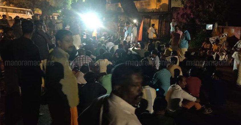 Around 60 arrested after unprecedented protests at Sabarimala