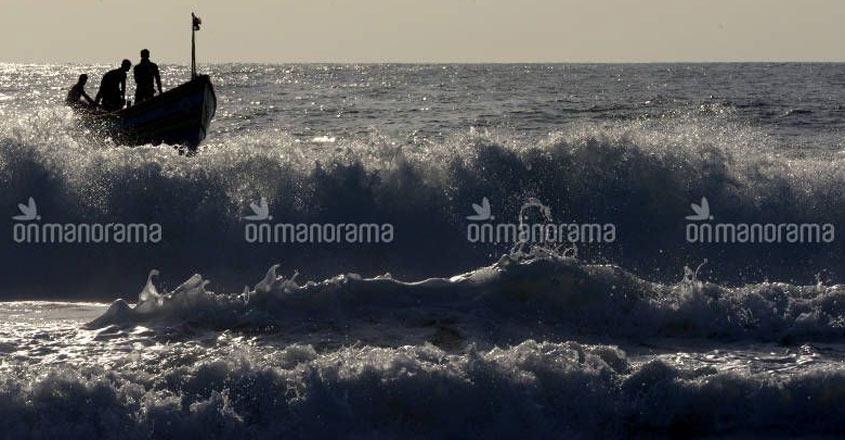 Tidal rip eats up 40 per cent of Kerala coastline in 25 years
