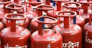 Govt to ensure LPG subsidy even after privatisation of BPCL