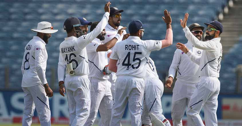 Pune Test: India take huge lead despite gritty fight from SA tail