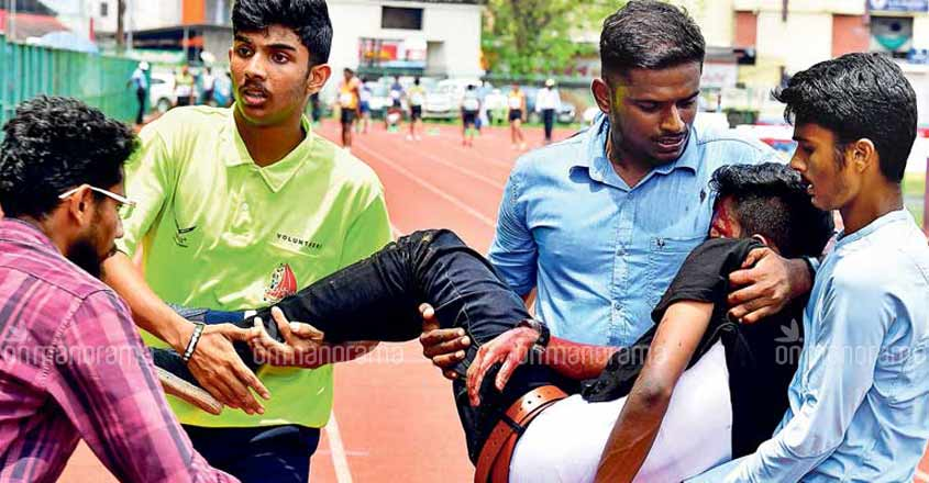 Student who injured during Kerala school athletic meet dies
