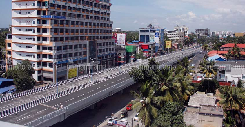 Faulty Palarivattom flyover to be reconstructed in 1 year, E Sreedharan to supervise works