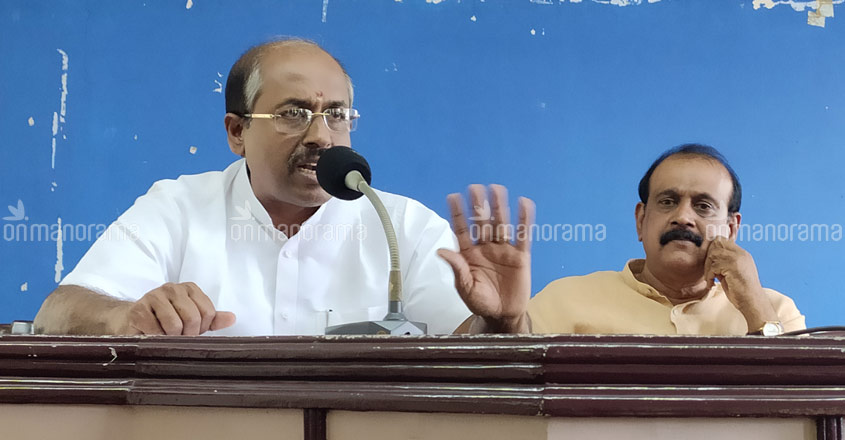 Vellappally siphoned off Rs 1,600 crore from SNDP Yogam, alleges former police chief Senkumar