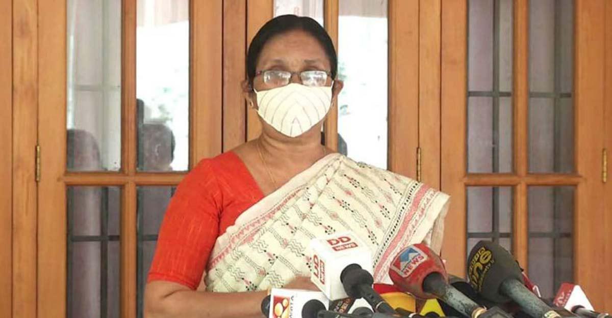 Maggots on bedsore: Shailaja to reconsider suspension, doctors call off indefinite stir
