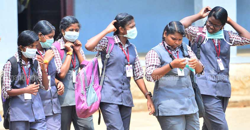 pathanamthitta-school-students-mask