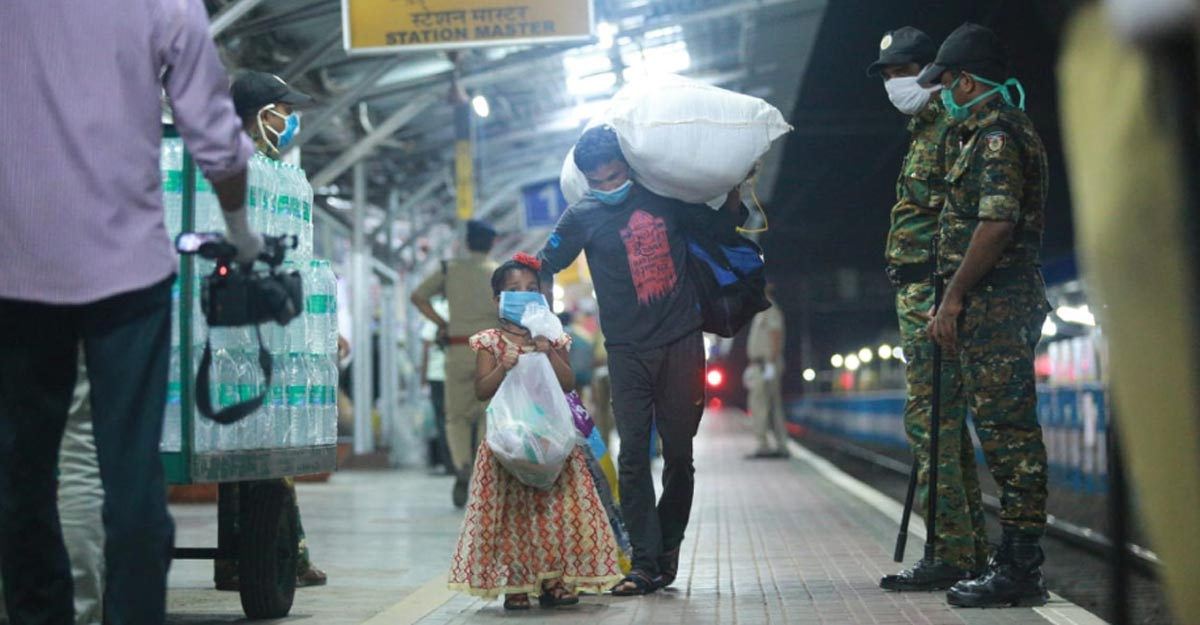 COVID-19 lockdown: Over 1,000 migrants from Kerala head home on special train