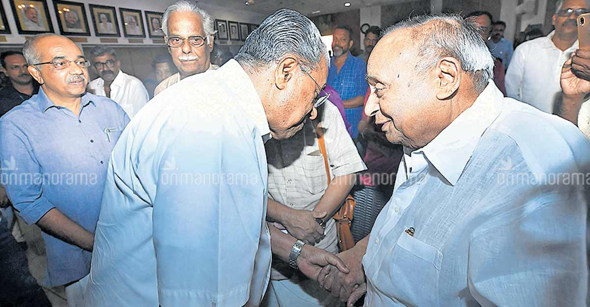 'Adieu, dear Veeran': Manorama Chief Editor Mammen Mathew remembers Veerendra Kumar