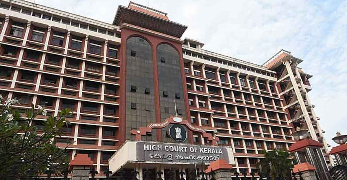 Kerala HC bans public protests violating Centre's COVID-19 curbs