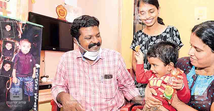 Tale of 3-year-old Kasaragod boy Sayanth, on whom rests the dreams of two