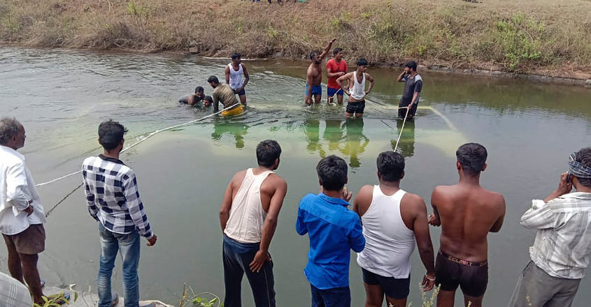 At least 22 feared killed as bus falls into canal in Karnataka's Mandya