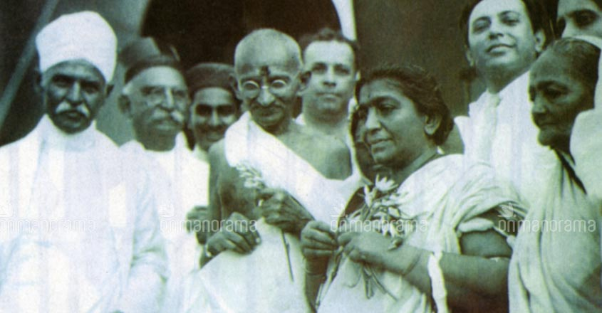 These rare photos will take you through the life and times of Mahatma Gandhi