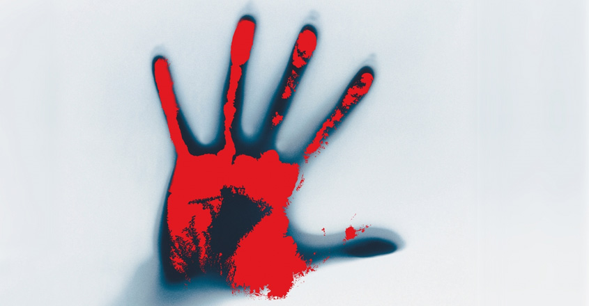 Man strangles pregnant wife in front of three-year-old son