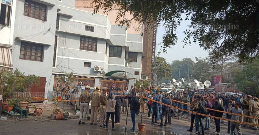 Delhi hotel fire claims 17 lives