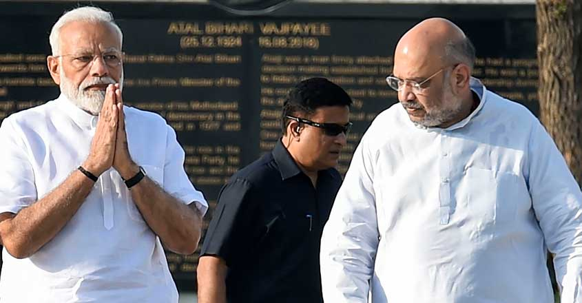 Shah pitches for a common language for India, says only Hindi can unite country