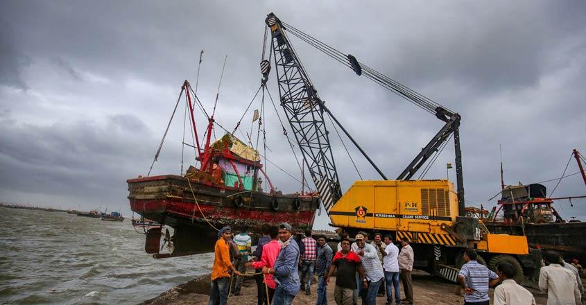 Cyclone Vayu spares Gujarat, changes course towards Oman