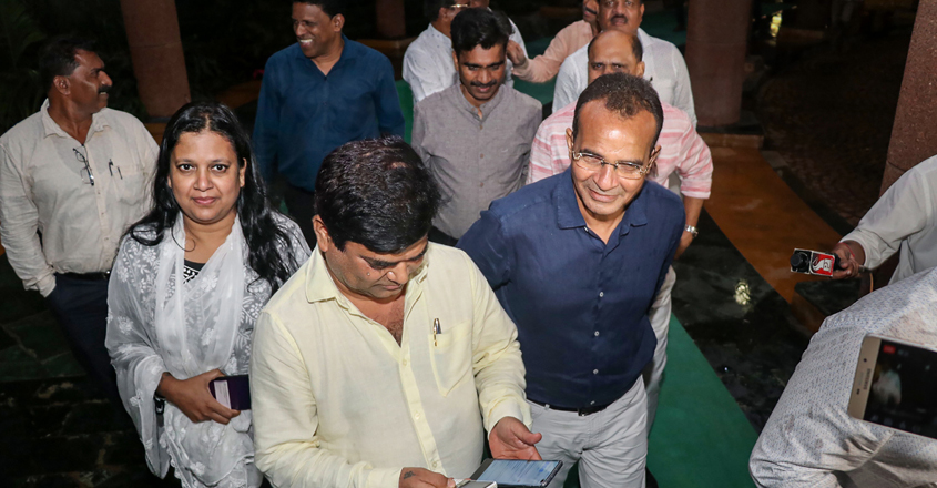 Drama in Goa as 10 of 15 Cong MLAs seek merger with ruling BJP