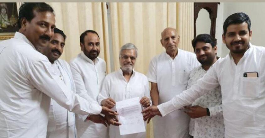 Big blow for Mayawati all six BSP MLAs in Rajasthan join Congress