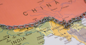 Never accepted  China's 1959 definition of LAC: India