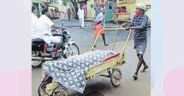 COVID-19 victim's body taken to cremation ground in wheel barrow in Tamil Nadu