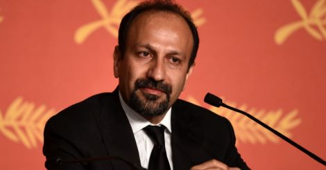 Farhadi wins Oscar for 'The Salesman', says US disrespected Iran