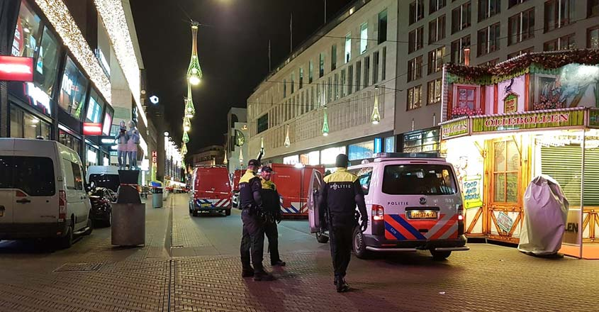 Three minors stabbed in The Hague shopping street