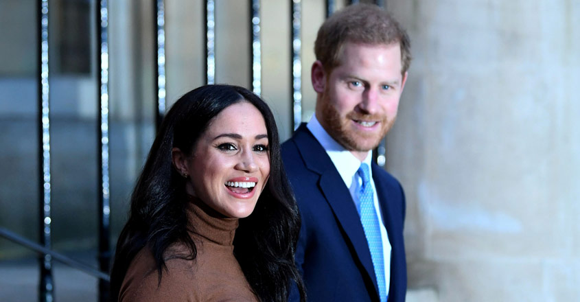 Queen Elizabeth agrees grandson Harry, wife Meghan can exit senior royal role
