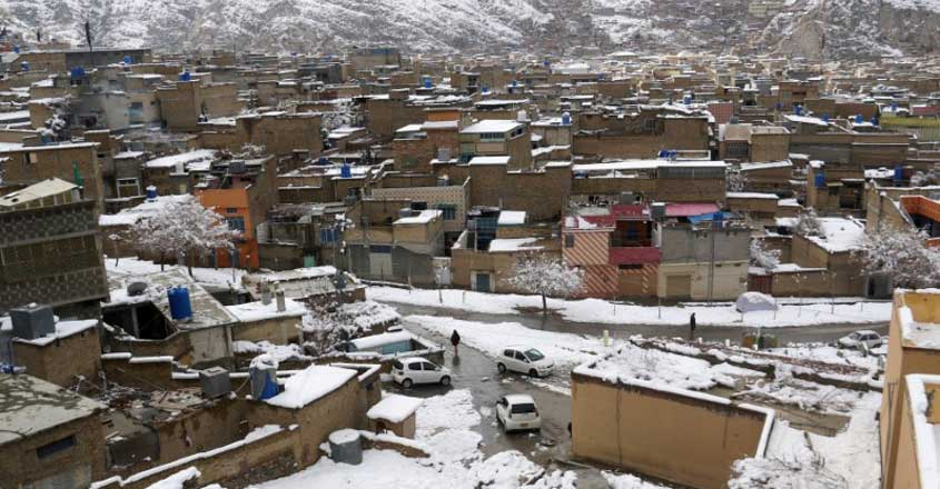 Heavy snowfall, rain claim nearly 84 lives in Pakistan