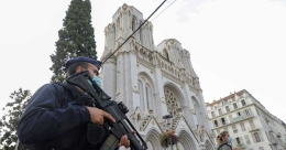 Three dead in knife attack in French church, woman beheaded