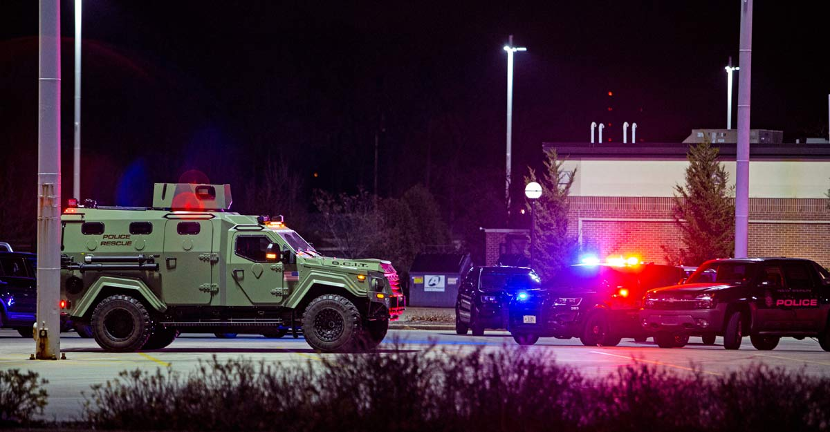Wisconsin mall shooting: Multiple people wounded, suspect at large