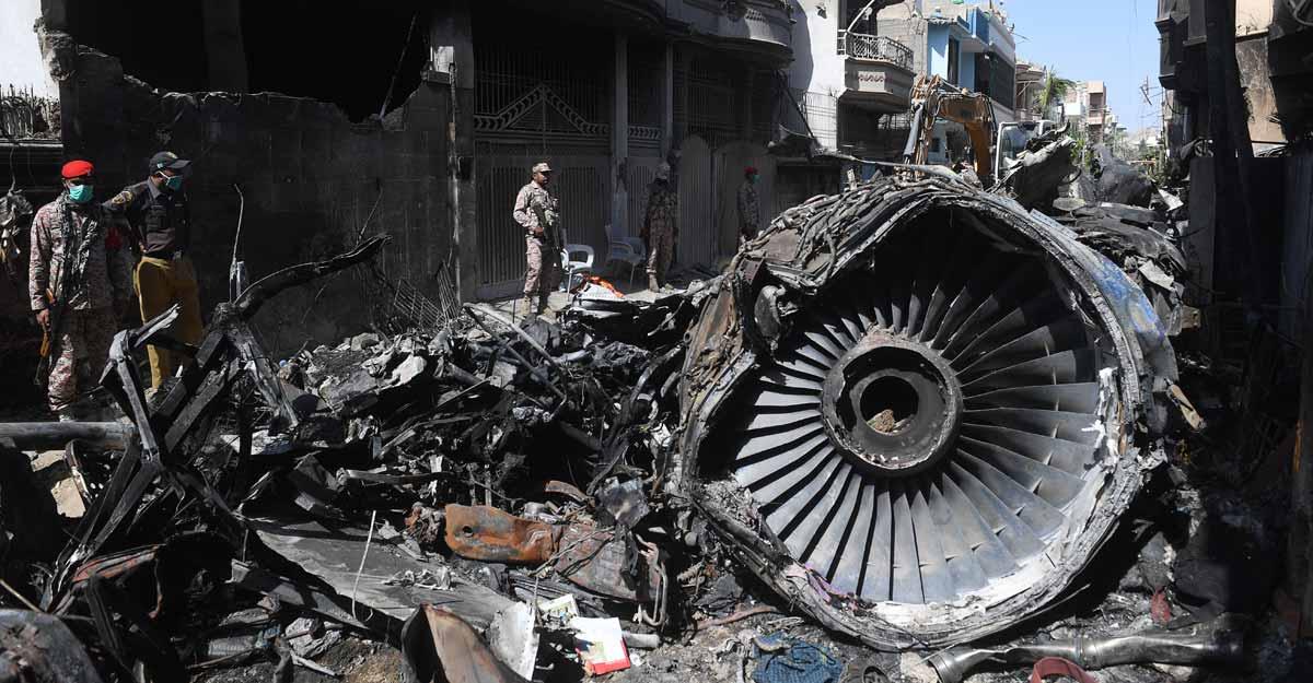 Pilots 'overconfidence', 'lack of focus' caused Karachi plane crash: Pakistan