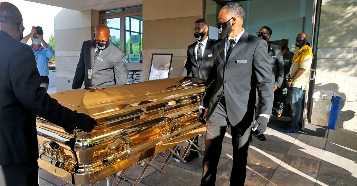 Thousands pay tribute to George Floyd as pressure mounts for US police reform