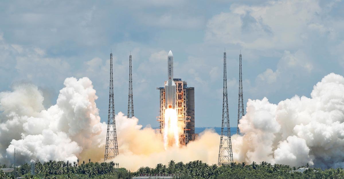 China launches independent, unmanned Mars mission