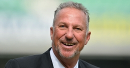 Ian Botham set to join House of Lords