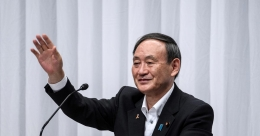 Japan's Yoshihide Suga wins ruling party leadership race to replace Abe