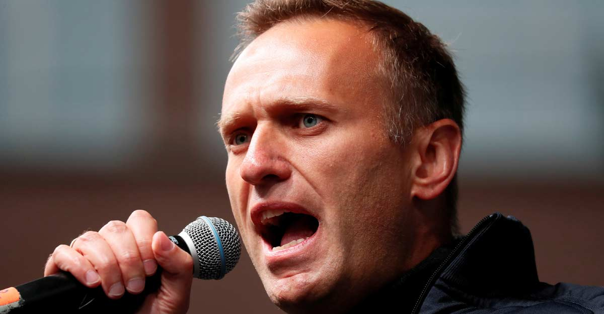 Kremlin critic Navalny's bank accounts frozen, apartment seized