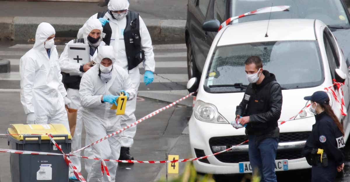 Terror attack in Paris weeks after Charlie Hebdo republishes prophet cartoons
