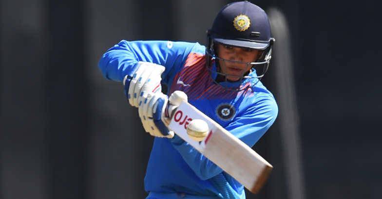 Mandhana's blazing fifty goes in vain as Australia win T20 tri-series final