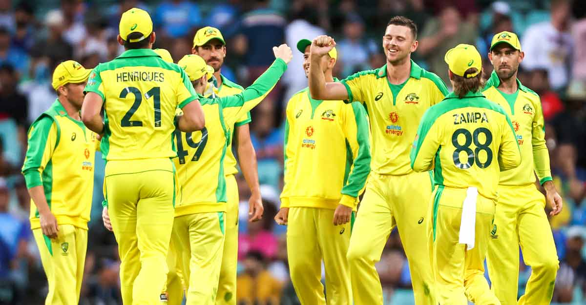Australia clinch ODI series with another big win