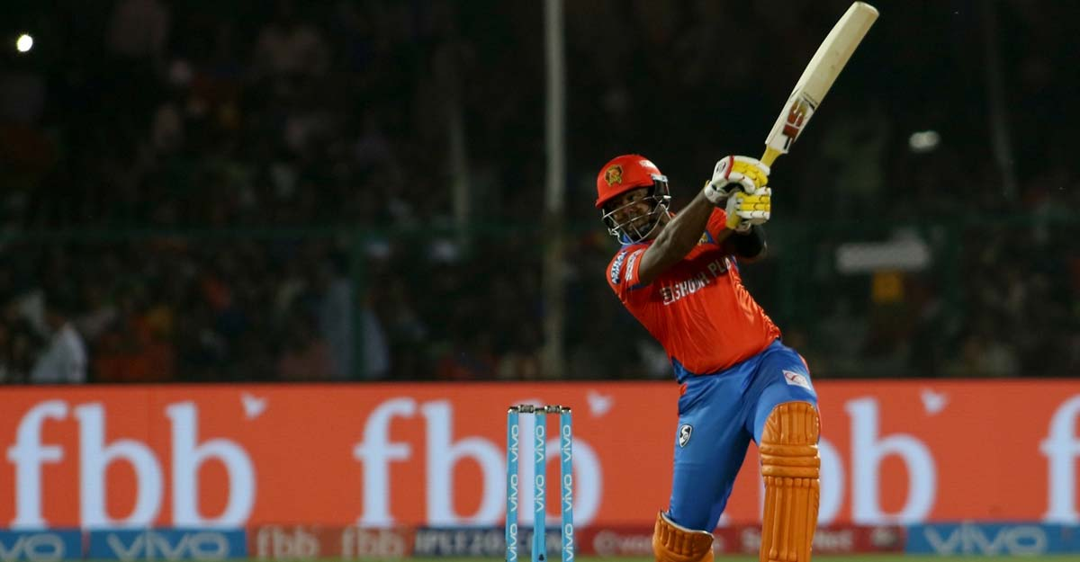 Dwayne Smith smashes brother for six sixes in an over