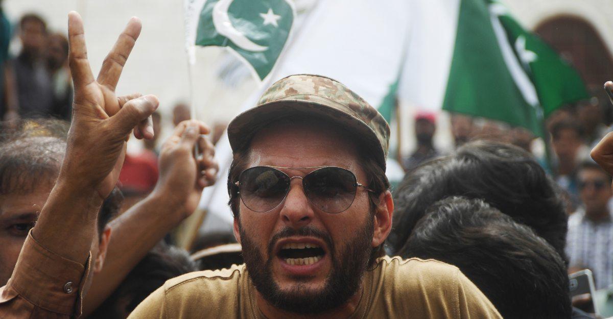 Harbhajan and Yuvraj are compelled to react: Afridi