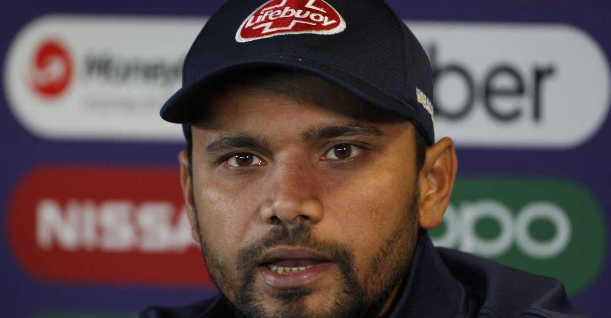 Bangladesh's Mashrafe Mortaza and two other cricketers test positive for COVID-19