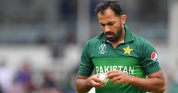 Hafeez, Riaz need second negative test to travel to England