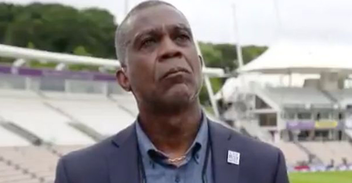 Michael Holding breaks down while discussing racism